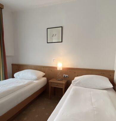 Einzelzimmer Premium im Faustschlössl direkt an der schönen Donau